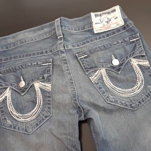 TRUE RELIGION...MENS SIZE 32/32